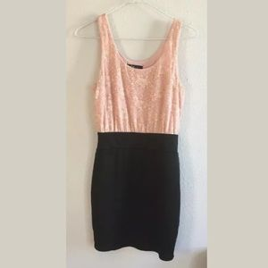 Forever 21 Sz S Pink Lace Black Pencil Dress